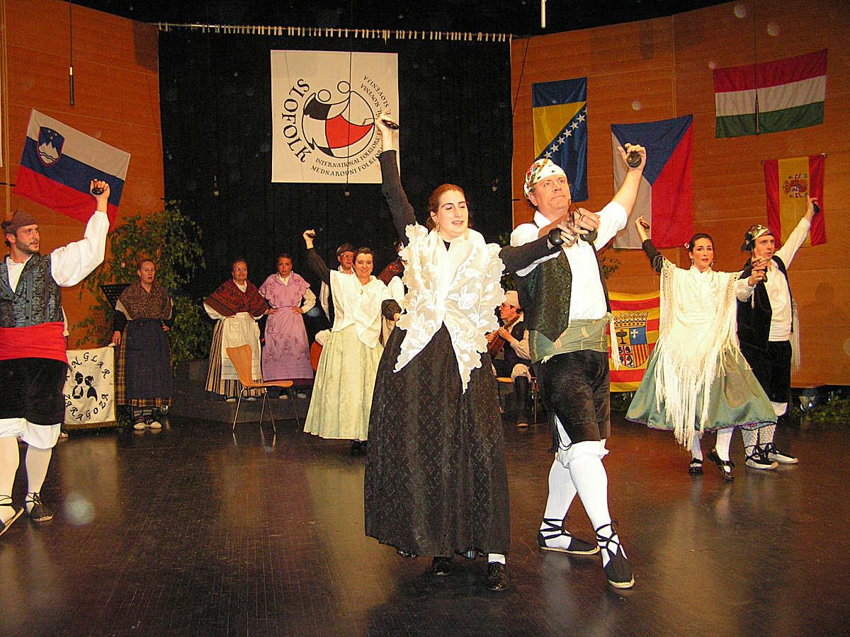 Grupo De Folklore Aragones Xinglar iz Španije